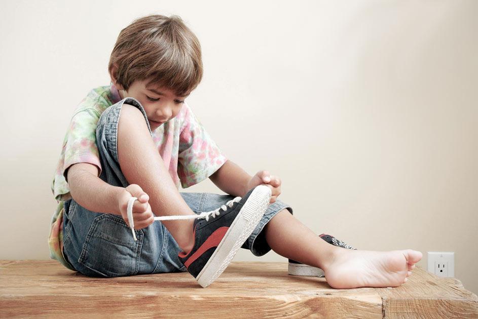 Los pies de los niños crecen, sus zapatos no!. El pie de un niño, precisa muchos cuidados y una atención especial.